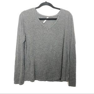 Tresics Gray V Neck Long Sleeve Basic Shirt